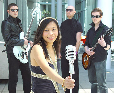 Ivy Ngeow with her band Satsuma